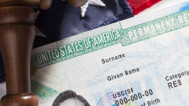 Employment-Based Green Card Filings Up in FY 2016
