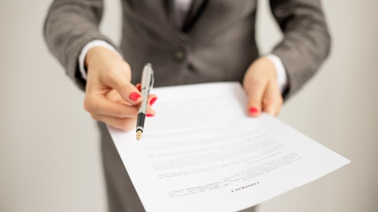 14 Things Your Job Offer Letter Must Have To Be Effective