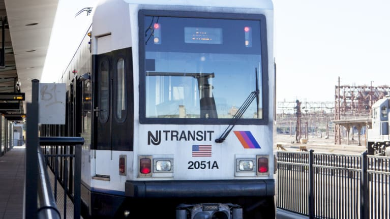 New Jersey Employers Must Offer Employees Pre-Tax Commuter