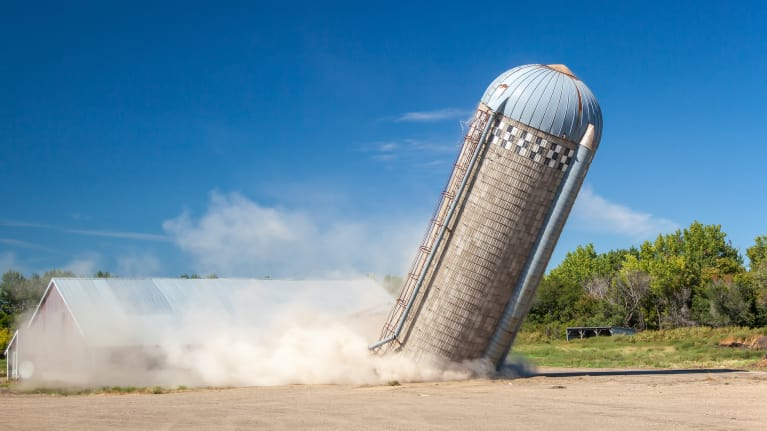 Tear Down the Silos Between Employees HSAs and 401(k)s