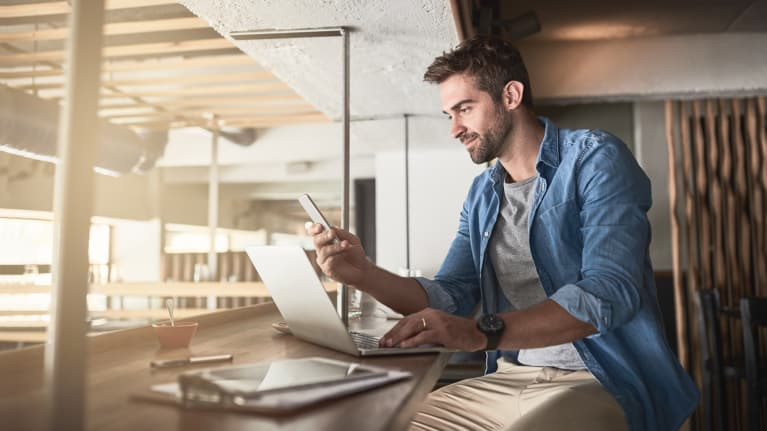 Tips for Managing Workers' After-Hours Use of Mobile Devices