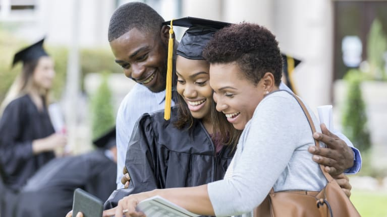 Average Starting Salary for Recent College Grads Hovers Near $51,000