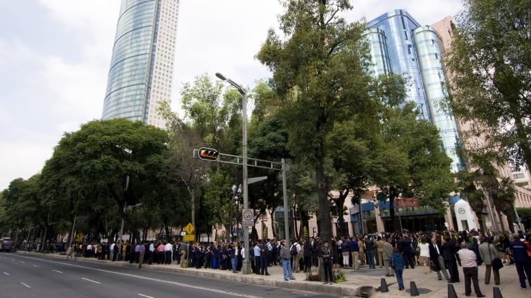 Some Mexican Labor Laws Suspended in Earthquakes Wake