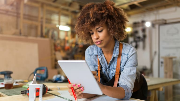 U.S. Jobs Boom Led by Minority Women