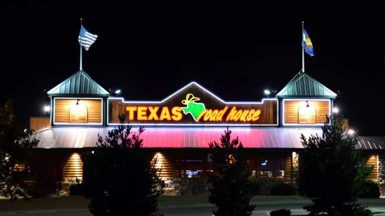 Texas Roadhouse Agrees to $12 Million Age Bias Settlement