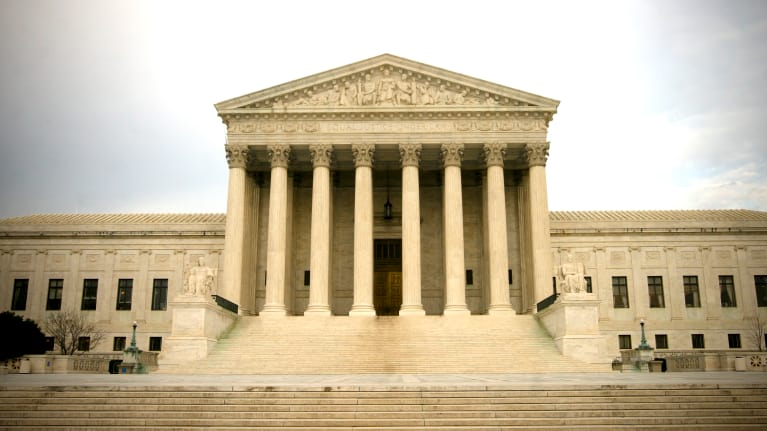 NLRB Tells Supreme Court It Opposes Class-Action Waivers