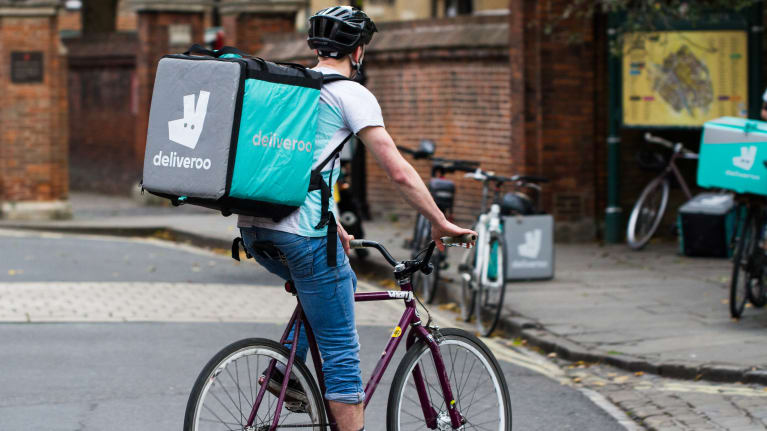 UK: Uber Drivers Are 'Workers' but Deliveroo Cyclists Are Not
