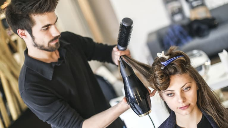 A 'New Look' for California Salon Employee Commission Pay