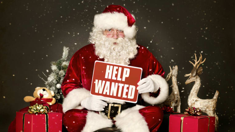 Boosting Workers Hours May Be Solution to Holiday Hiring Woes