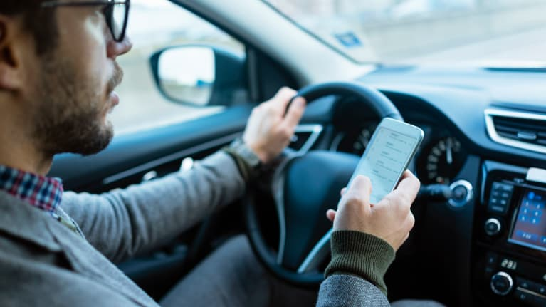 Texas Passes Ban on Texting While Driving