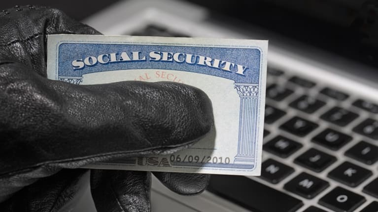 IRS to Permit Truncated Social Security Numbers on W-2s to Fight ID Theft