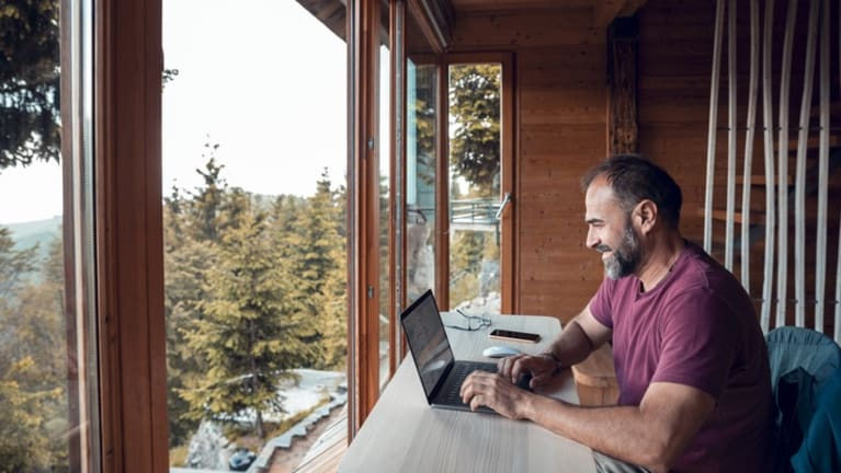 Remote Workers Expect Pay to Reflect Their Locations