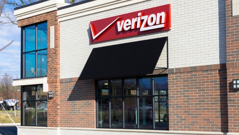 Nearly 40,000 East Coast Verizon Workers Go On Strike