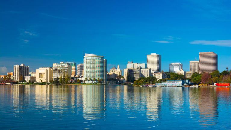Oakland downtown skyline