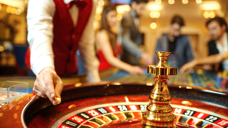 5 Lessons Managers Can Learn from Casinos About Reopening Their Business