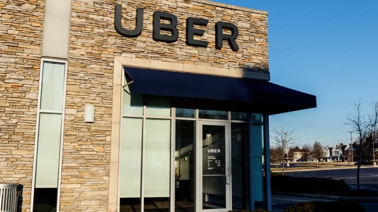 NLRB Makes It More Difficult for Uber Drivers to Unionize