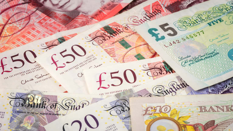 5, 10, 20 and 50 British pound bills