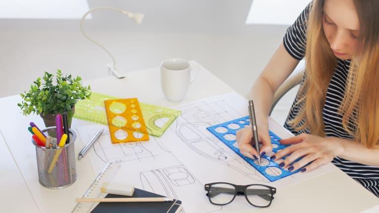 graphic designer apprentice