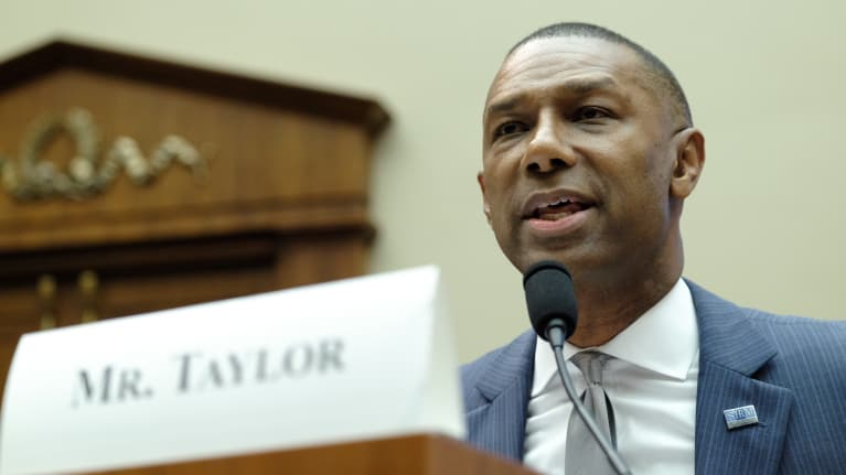 SHRM President and CEO Johnny C. Taylor, Jr., SHRM-SCP, testifies before a House Subcommittee in support of the workflex bill.