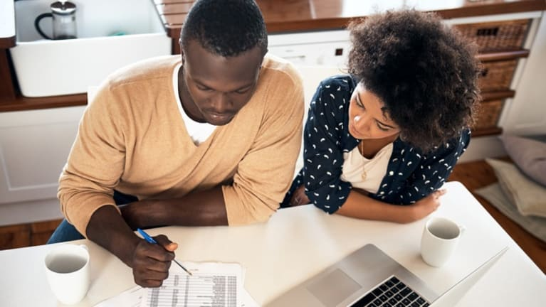 SHRM-Backed Bill Would Give a Tax Break for Student Loan Repayment Aid