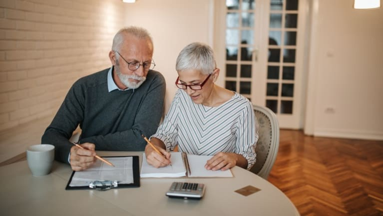 More 401(k) Plans Want to Keep Retirees Investments