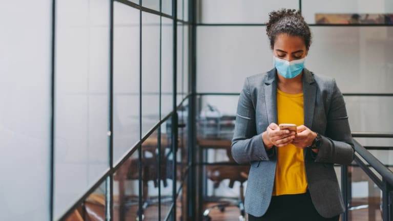 woman wearing mask at work.