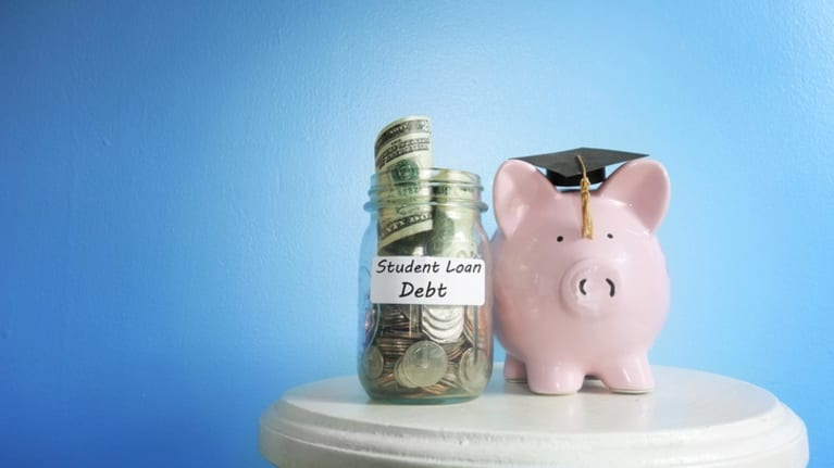 Consider the Benefits of Student Debt Repayment Plans