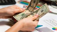Researchers Expect Modest Pay Gains Despite Low Unemployment