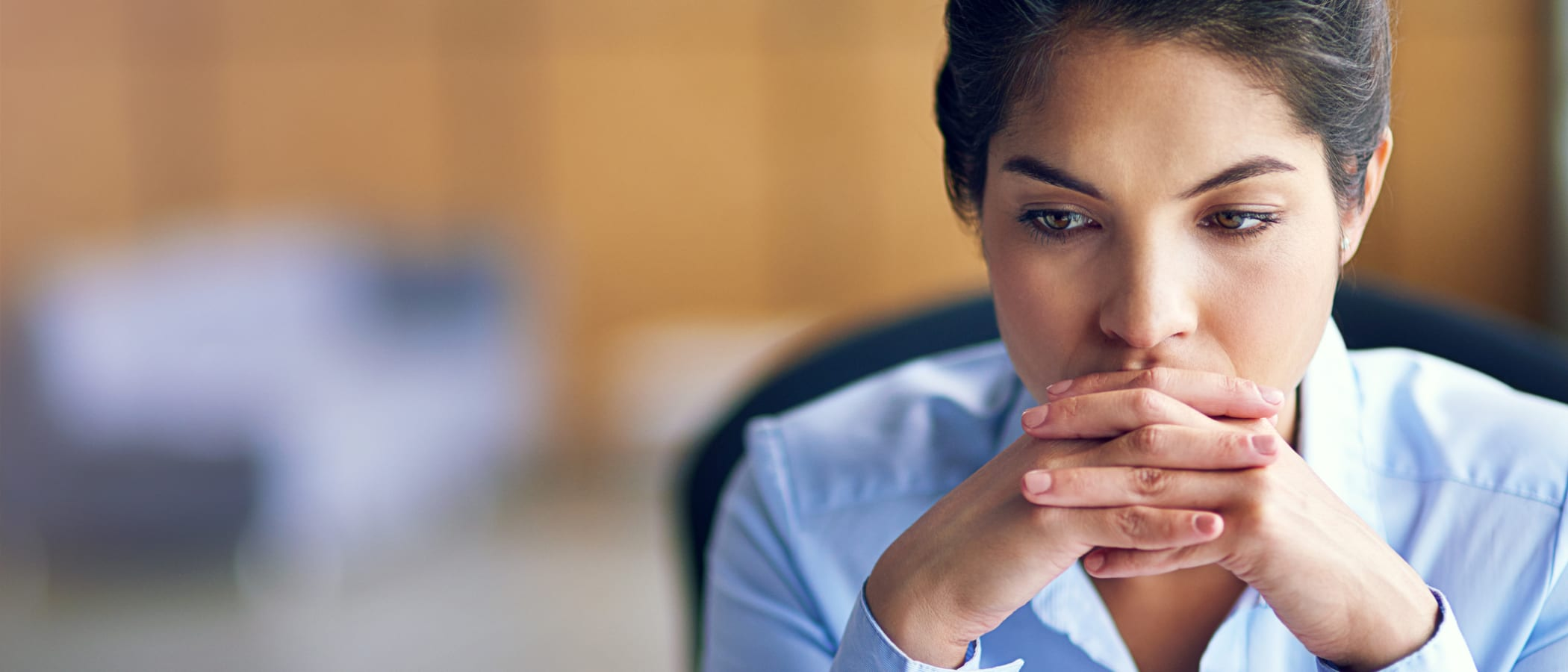 When Should Employers Tell Employees That Layoffs Are Looming?