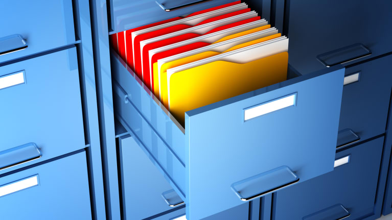 Do Employers Have to Show Workers Their Personnel Files?